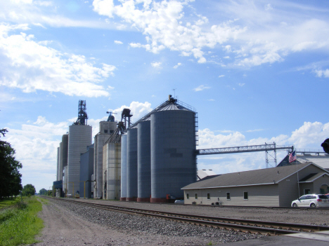 Grain elevators, Murdock Minnesota, 2014