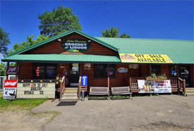 Lake Country Grocery & Liquor, Outing Minnesota