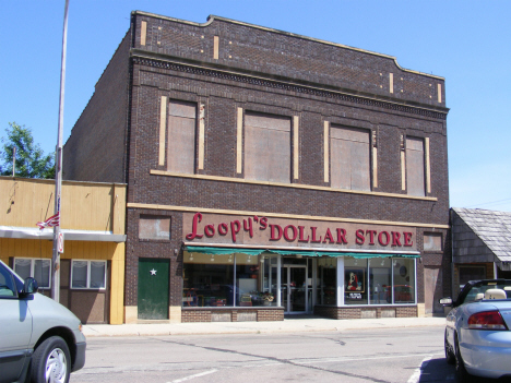 The now closed Loopy's Dollar Store, Slayton Minnesota, 2014