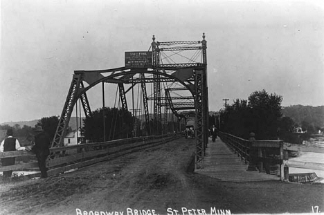 Broadway Bridge, St. Peter Minnesota, 1927