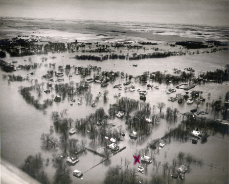 Aerial view of St. Vincent Minnesota during the 1950 spring flood