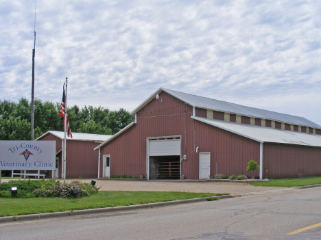 Veterinary clinic, Taunton Minnesota, 2011