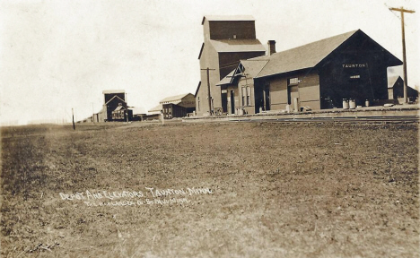 Depot and elevators, Taunton Minnesota, 1910's