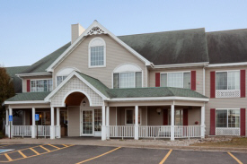 Exterior of Country Inn & Suites, Detroit Lakes, MN