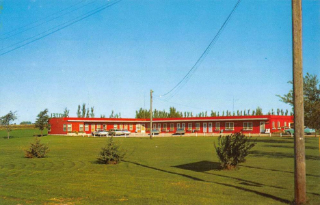Sunset Motel on US Highway 16, Worthington Minnesota, 1950's