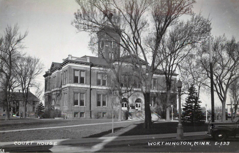 Nobles County Court House, Worthington Minnesota, 1940's
