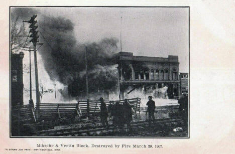Miksche and Vertin Block destroyed by fire, Breckenridge Minnesota, 1907