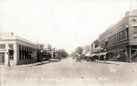 Fifth Avenue, Breckenridge Minnesota, 1930's