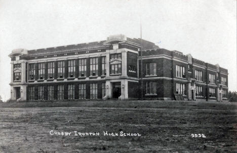 Crosby Ironton High School, Crosby Minnesota, 1914