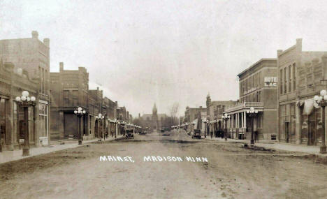 Main Street, Madison Minnesota, 1914