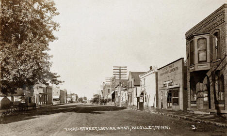 Third Street looking west, Nicollet Minnesota, 1917