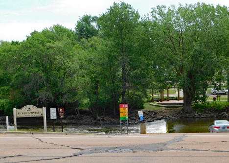 Rick Johnson Park on the Crow River, Watertown Minnesota, 2020